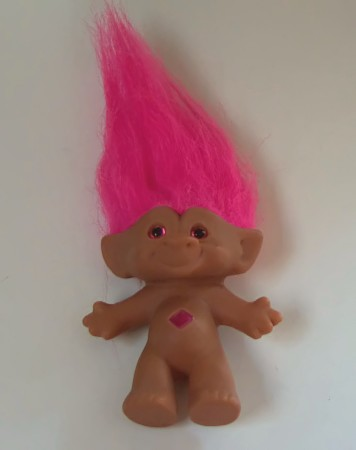 Trolls Poppy Hairstyle Hairband Trolls: Hair Up Music Video (Uk) 20th Century Fox Pictures International. costume. However she wears it constantly so it has had syrup, mud on it and goes in the rain. It still looks great and sticking straight up. Read more. Helpful. Comment Report abuse. Tim Rath. out of 5 stars Five hocalinkz1.gas: